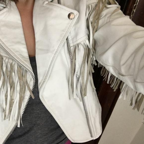 bbe03db56 White leather fringe jacket- vintage!