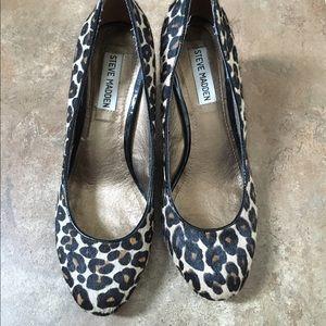 Steve Madden leopard calf hair