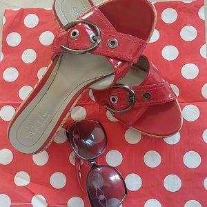 SBICCA Shoes - 🔥GREAT-SBICCA RED Slides