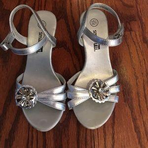 Other - ❤️Silver girls heels!  Sparkle flower detail.