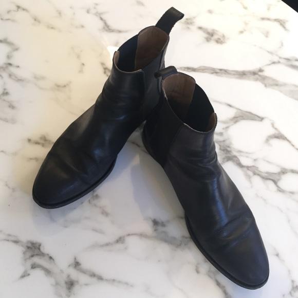 8b3273281 Everlane Shoes   Modern Chelsea Boot   Poshmark