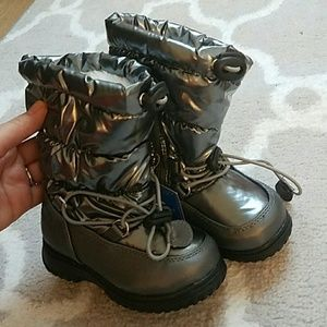totes Other - Children's tall snow boots
