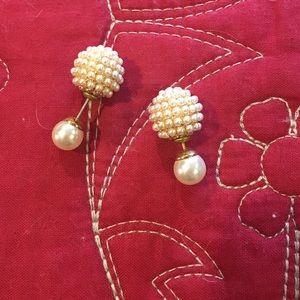 Jewelry - Pearl double sided peekabo earrings