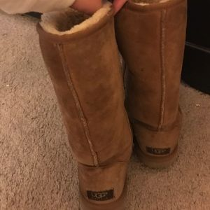 Ugg boots size 6.