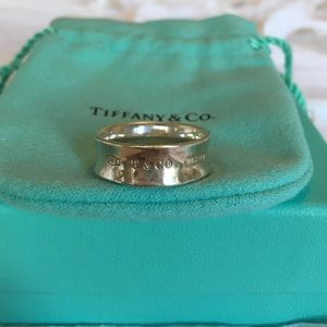 Tiffany & co 'Tiffany 1837' ring