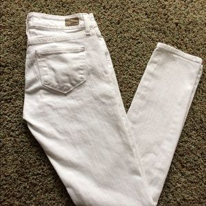 Paige Jeans Peg Skinny in Optic White size 26/2