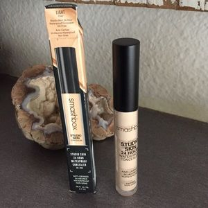 Smashbox studio skin 24 hour concealer (light)