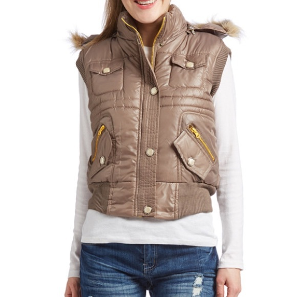 boutique Jackets & Coats - puffer vest