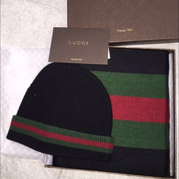 Brand new Gucci hat and scarf set da5443ba4a5