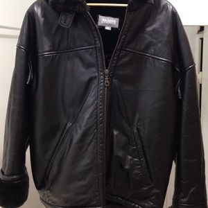Wilsons Leather Jackets & Blazers - Wilsons Ladies Coat leather and faux fur. New