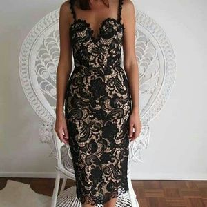 Goodnight Macaroon Dresses & Skirts - NWT GOODNIGHT MACAROON CROCHET LACE MIDI DRESS