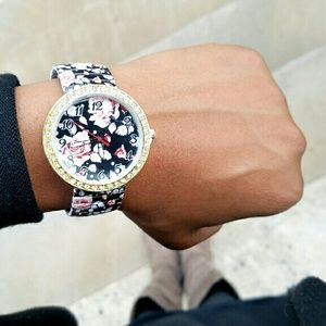 Accessories - Floral Fashion Watch