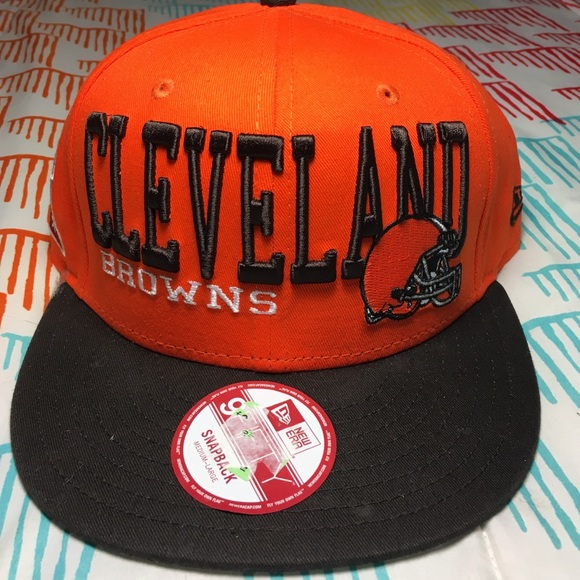 c4f21bc4be2 Cleveland Browns NFL Football SnapBack Hat. M 5846007bc6c795c4c104a77d