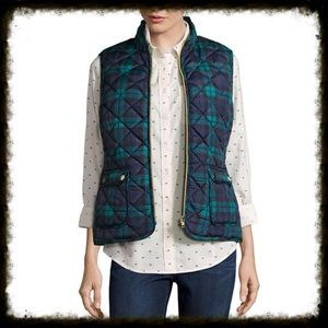 Jackets & Blazers - Green Navy Plaid Quilted Puffer Vest Size Large