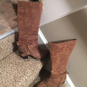 Fergie distressed boots