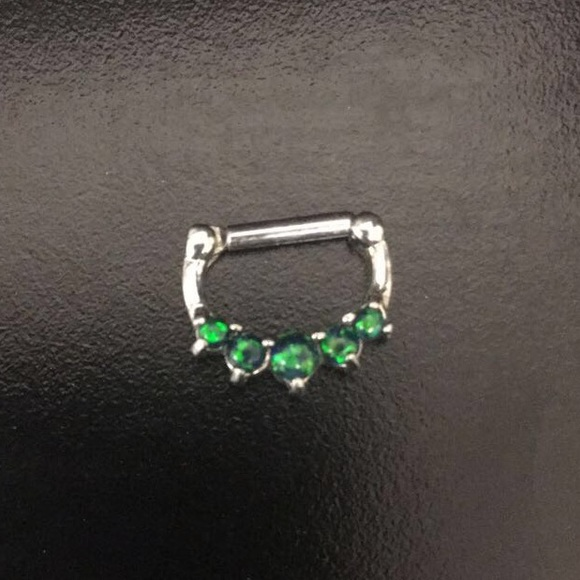 Mall Accessories Green Gem And Silver Colored Septum Clicker