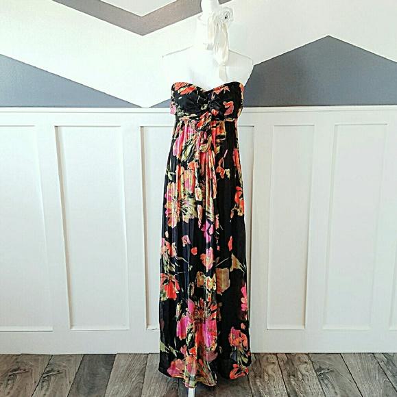 42c0304f70 Hawaiian Floral Tube Top Maxi Dress. M 58462769f092822fdc06d7d2