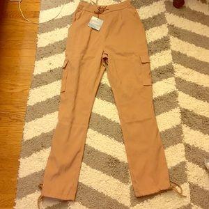 Utility pocket cargo pants