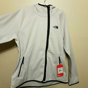 3750999b1 The North Face (XL) (Womens Active Fit) NWT NWT