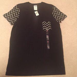 Pink T shirt. New. Size XS.