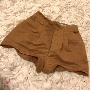 findersKEEPERS drive by suede shorts