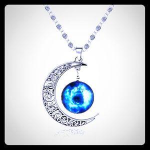 Sun/moon Pendant Necklace