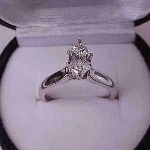 Jewelry - $7000 14k gold  1.01ct diamond engagement ring