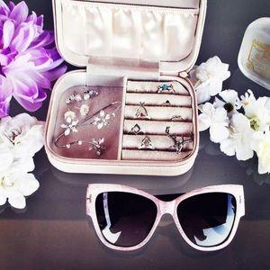 kate spade Accessories - NEW: Pink Hydrangea Sunglasses ☀️️