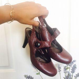Shoes - Cute vintage style heels