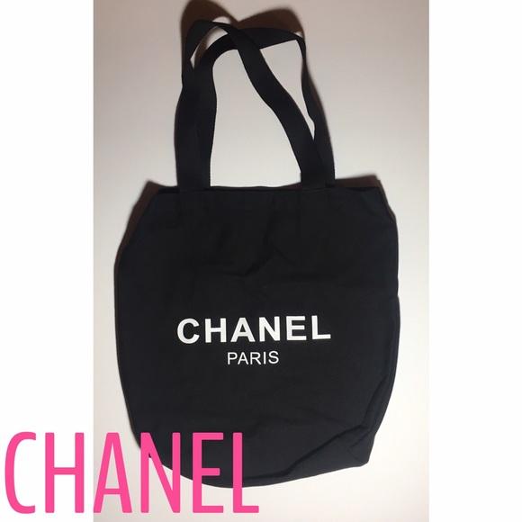 050883a9359213 CHANEL Bags | Authentic Vip Canvas Tote | Poshmark