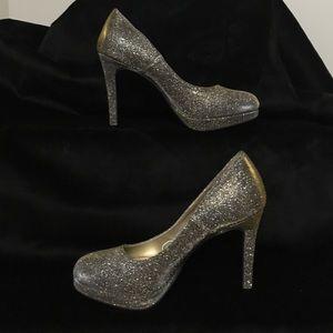 Fiona Silver/Gold  Heels Sz 7.5