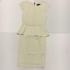Alice + Olivia Dresses - MOVING SALE❗️Alice+Oliva Cream Peplum Sheath Dress