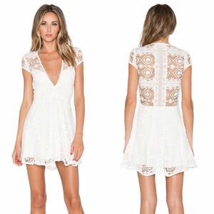 For Love and Lemons Dresses & Skirts - SALE 🎉HP🎉 NWT For Love and Lemons Sienna Dress