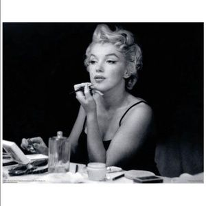 Other - Marilyn Monroe Mirror Lipstick Makeup Poster New