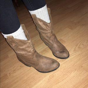 Rocket Dog Shoes - Rocket dog cowboy booties