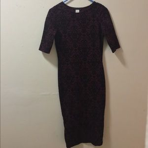 Dresses - SALE!!! Lovely Midi Dress