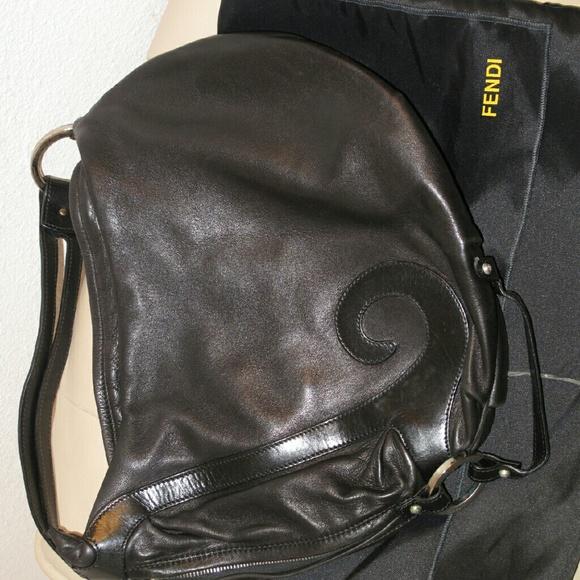 535cbabc90 Fendi Handbags - FLASH SALE! Authentic Fendi Biga bag