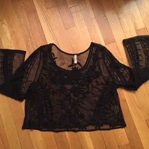 Free People Tops - Black crop lace top