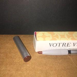 Other - 💛VOTRE VU PARIS FRANCE MAKEUP