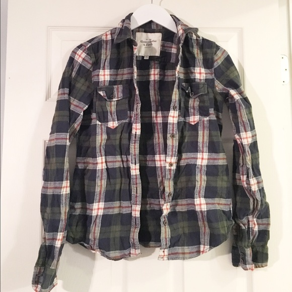 Abercrombie & Fitch Tops - Plaid Abercrombie Button Down