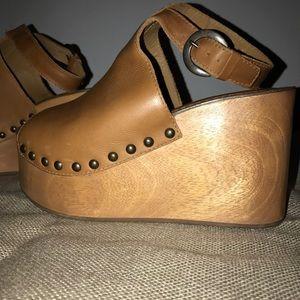 57cf8fd539b matisse Shoes - Matisse tiegs platform sandal