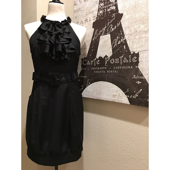 Forever 21 Dresses & Skirts - ❤️👗Cute, unique, front-ruffle black dress