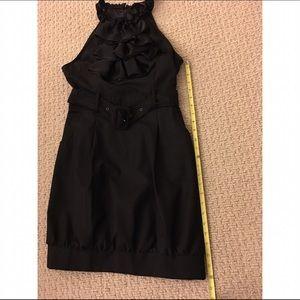 Forever 21 Dresses - ❤️👗Cute, unique, front-ruffle black dress