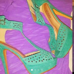Shoes - Teal Seafoam green perforated peep toe pumps