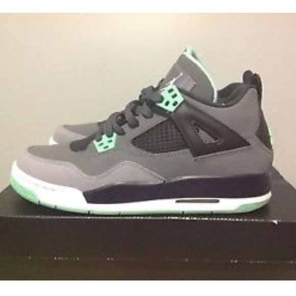 best website 8088d 7e2c5 Jordan Green Glow 4s
