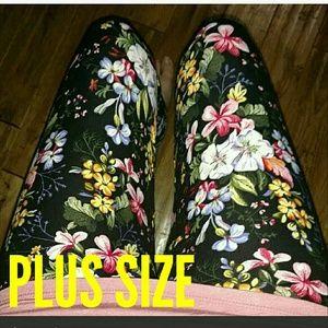 ⚡SALE Gorgeous PLUS SIZE Floral Print Leggings