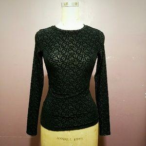 Black top velvet print