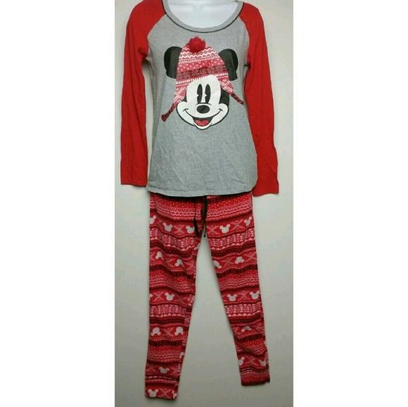 da84516eb8 Disney Other - LIVE LOVE DISNEY Christmas Pajamas PJs