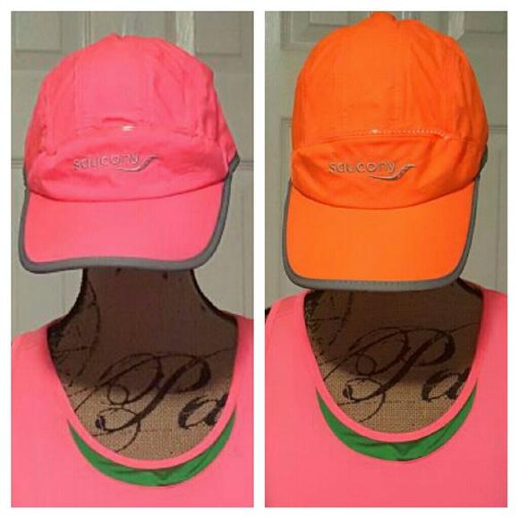 1f3fe85e Saucony Bundle 2 Night running light up hat. M_586ffc6f4e95a3d725044d8c