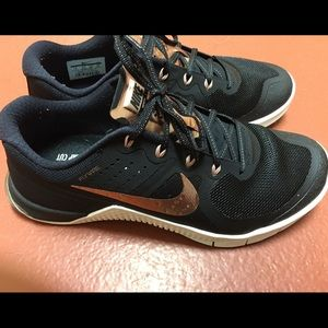 Nike Metcon Women Rose Gold